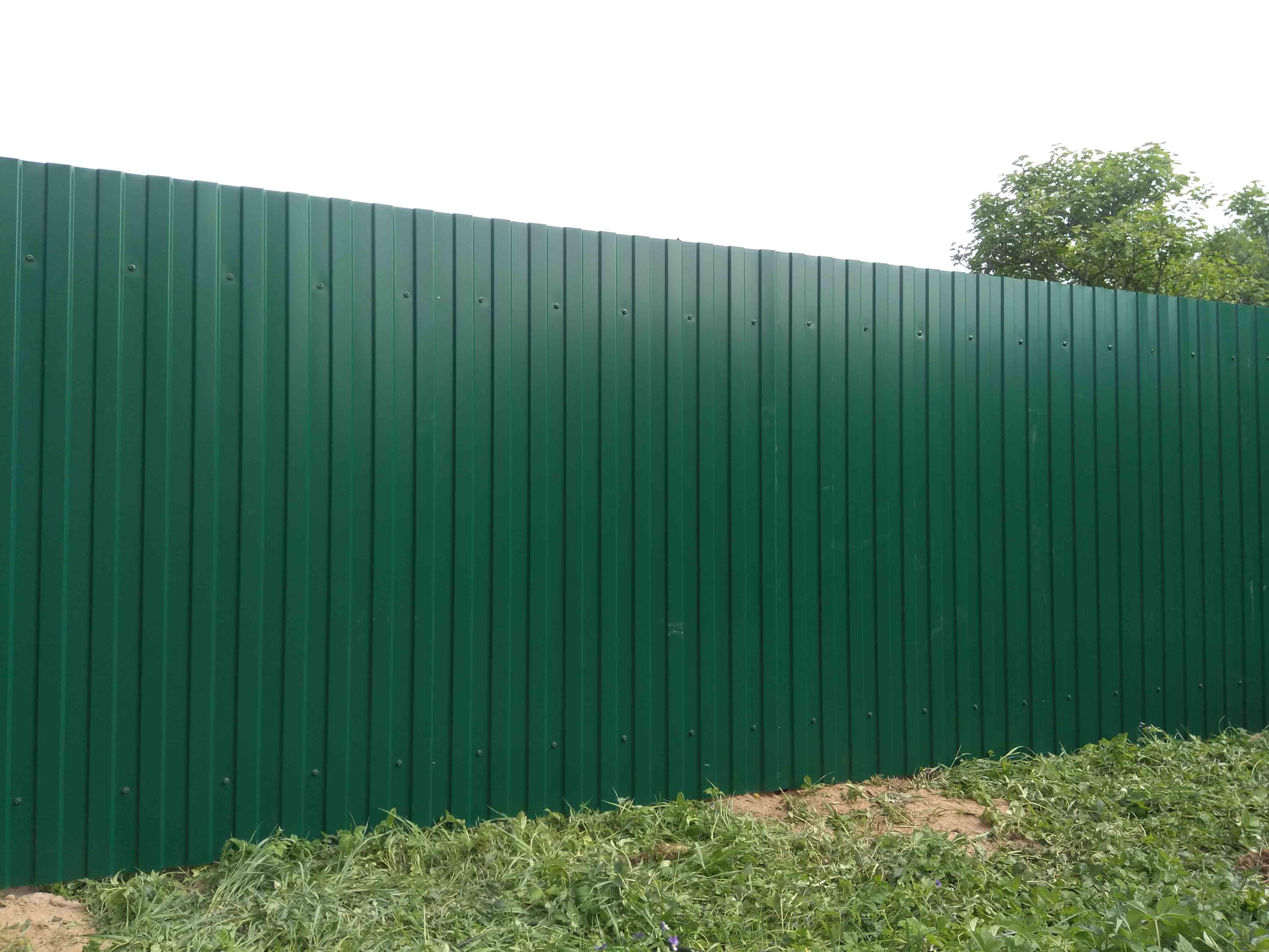 купить забор из профлиста в Москве